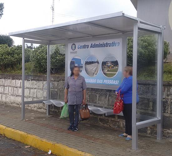 Abrigo de Ônibus Premium (1)